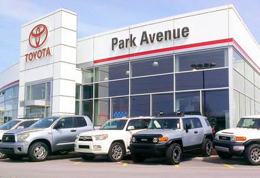 concessionnaire Toyota - Toyota dealership Brossard