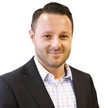 Pascal Villeneuve, Service Manager