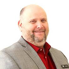 Martin Lavoie, Directeur des ventes, neuf